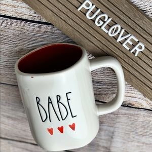 """🆕 RAE DUNN Valentine ❤️ mug """"BABE"""""""